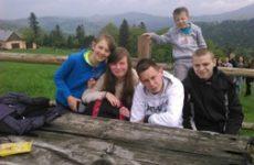 Nasi sportowcy na wycieczce w Żabnicy.