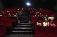 Nasi uczniowie w kinie.